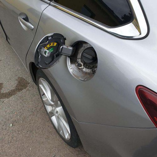 Mazda 6 Skyactiv na LPG s plněním LPG pod víčko benzínu