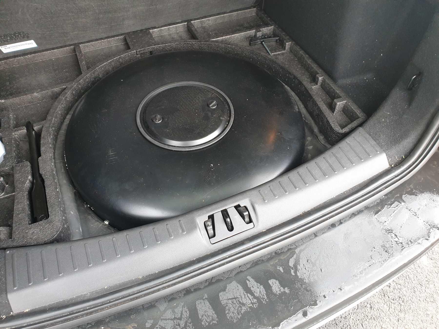 Ford Kuga 1.5 Ecoboost na LPG motorový prostor