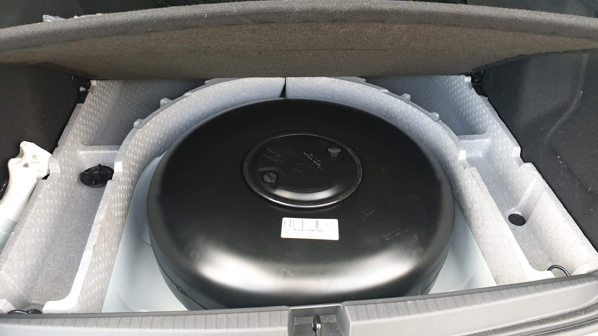 Dacia Duster 1.6 na LPG s toroidní nádrží