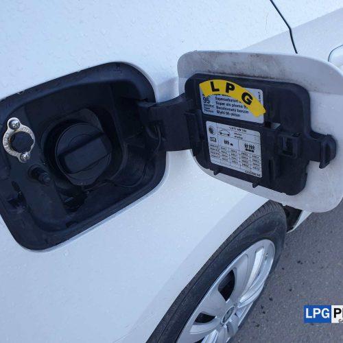Škoda Rapid 1.2 TSI na LPG se systémem Alex IDEA plnění LPG pod víčko benzínu