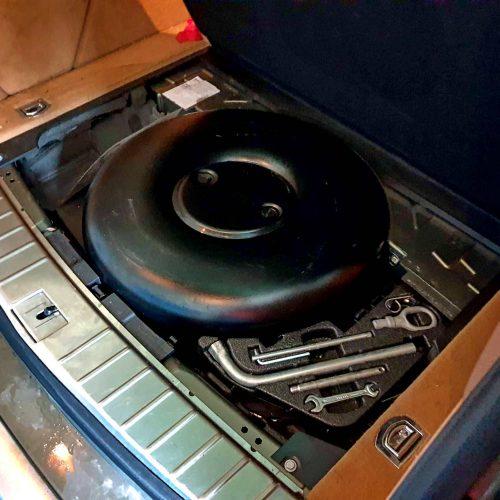 Porsche Cayenne 3.6 FSI na LPG se systémem Prins VSI 2.0-DI - nádrž toroid