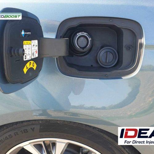 Ford Mondeo 1.5 Ecoboost na LPG koncovka plnění pod víčkem